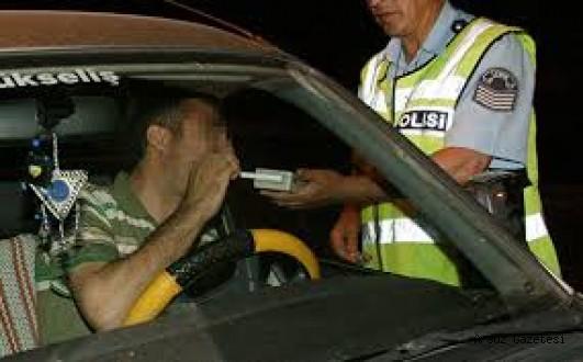 55 Alkollü sürücünün ehliyetine el konuldu