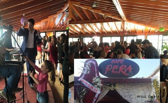 Kadınlar Pera Cafe Gönüllerince Eğlendi.