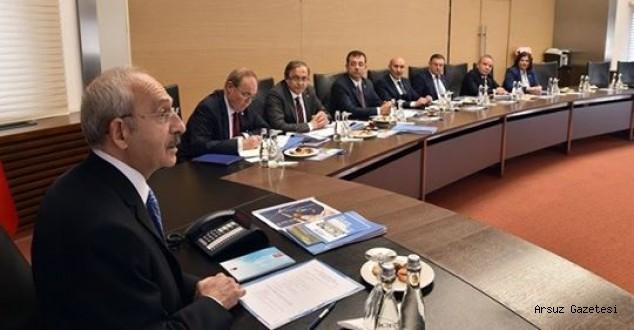 Lütfü Savaş, Kılıçdaroğlu ile Büyükşehir Başkanları Toplantısında Bir Araya Geldi.