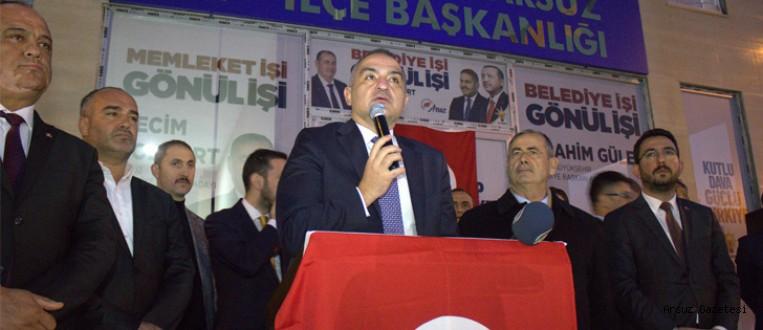 Kültür ve Turizm Bakanı Arsuz'da